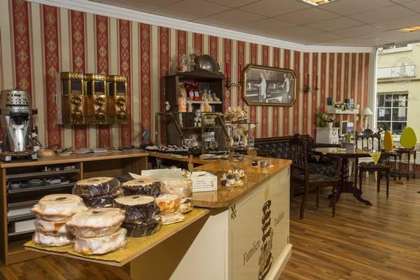 Laden-Geschäft-Baumkuchen-Hennig-Salzwedel-innen